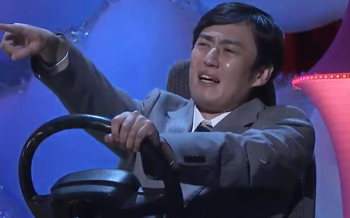ロバート秋山・山本 クセがスゴいネタGP コント「LED交通誘導員」